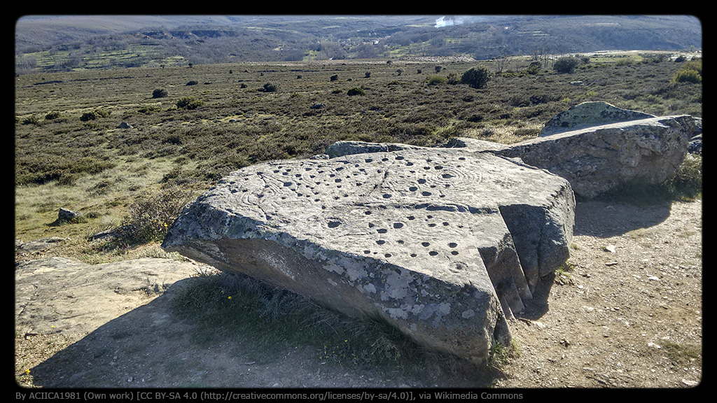Petroglifos_de_Filiel(Monte_Teleno)2000-3000a